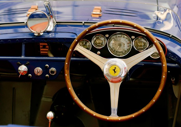 Dashboard view of the royal blue 500 Mondial Pinin Farina spider (1954), one of only 14 open-top models of this series built by Pinin Farina. Onboard computers weren't a